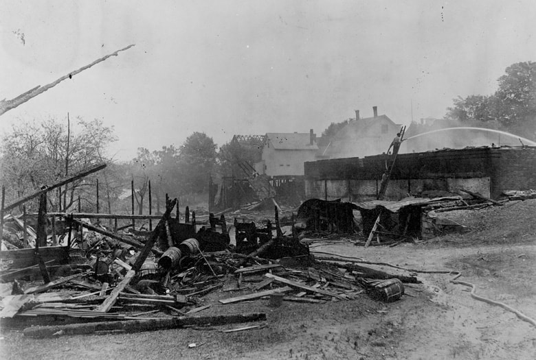 Burned barrel shop & cold storage building, 1913